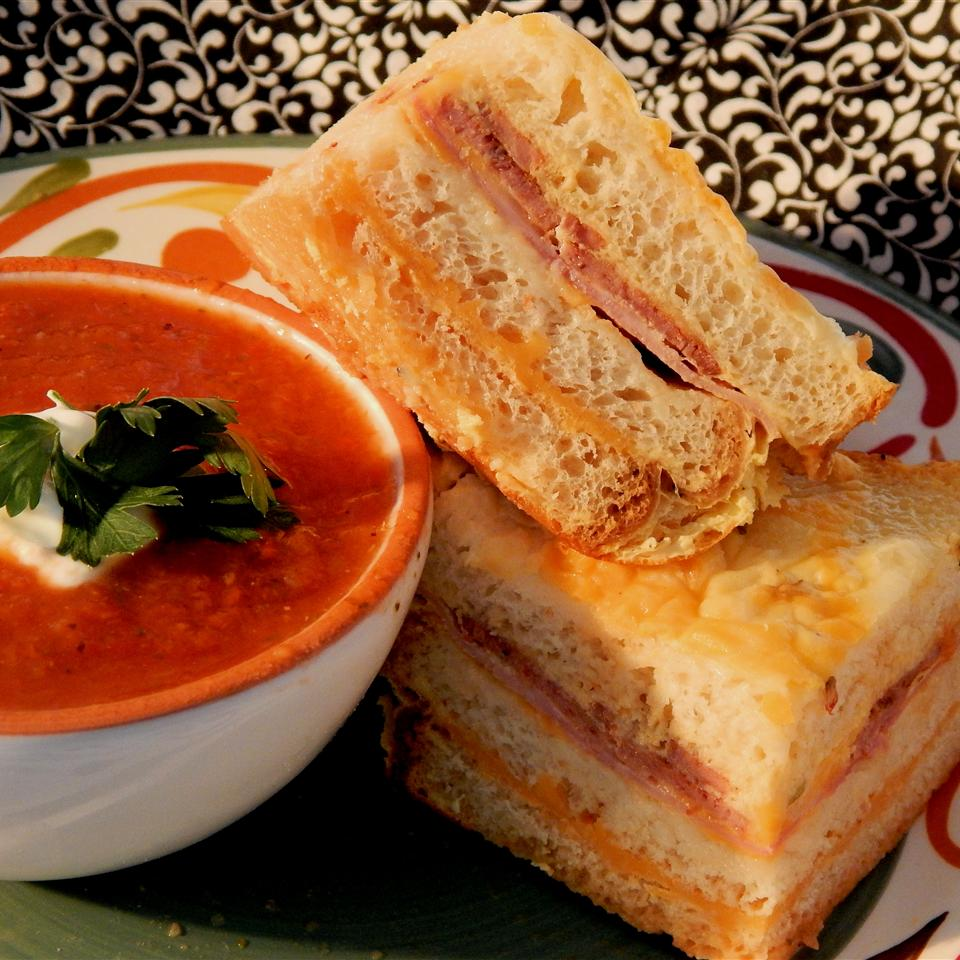 Grilled Cheese Brunch Bake themoodyfoodie