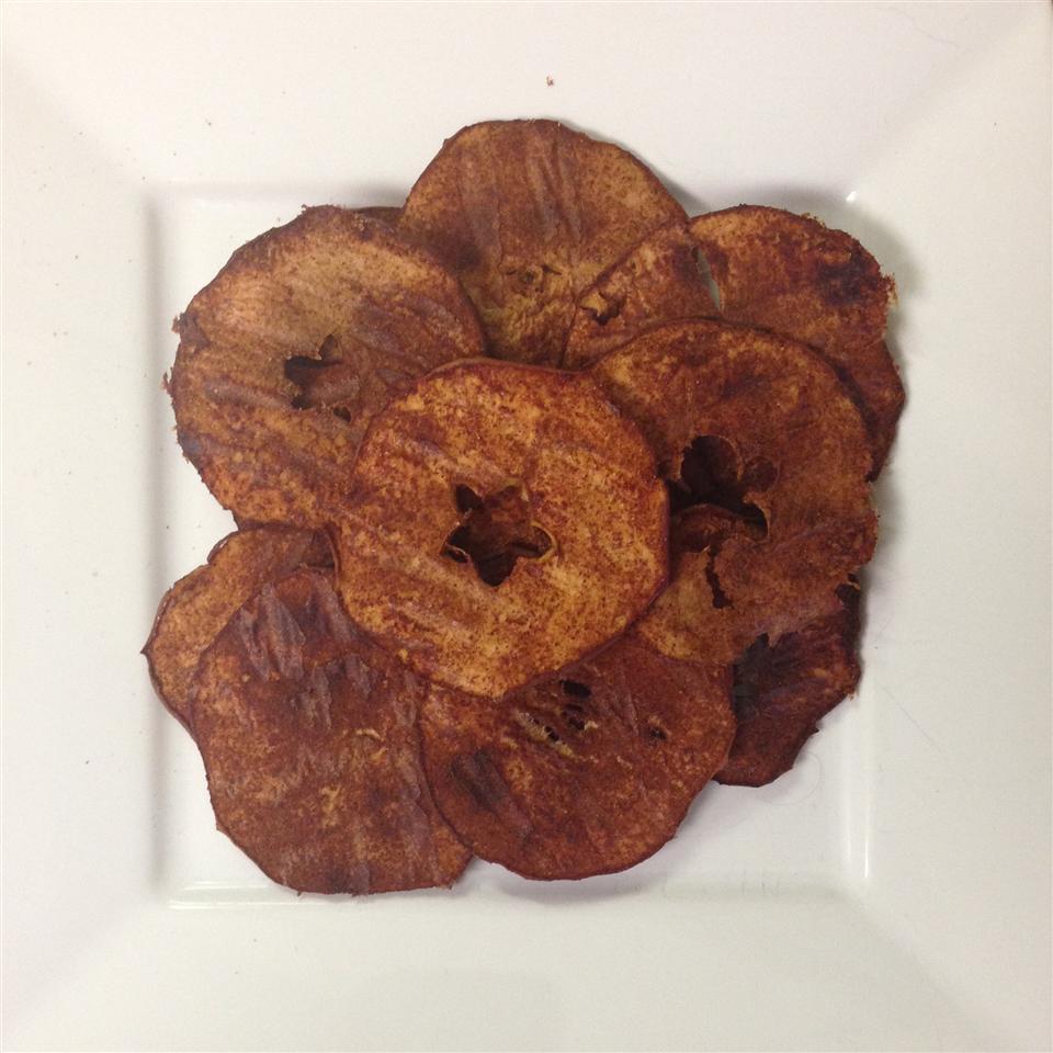 Baked Apple Chips Paula