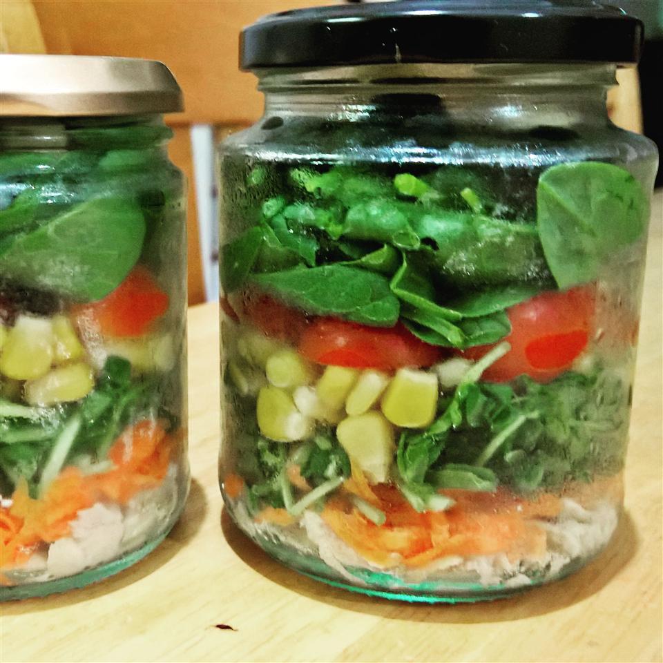 Salad in a Jar Cindy Chong Evans