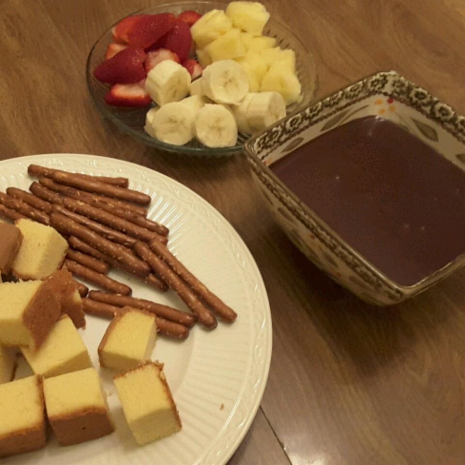 EAGLE BRAND® Chocolate Fondue Robin Raef