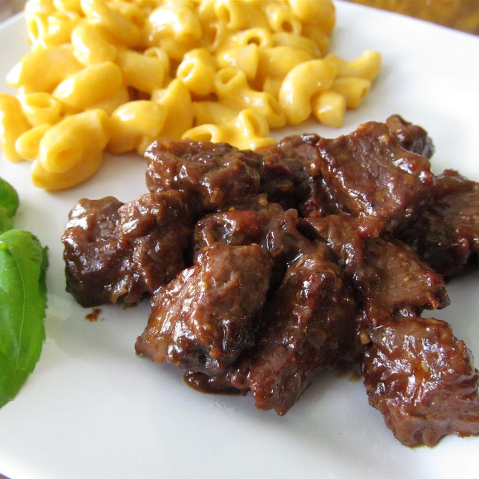The Best No-Mushroom Beef Tips