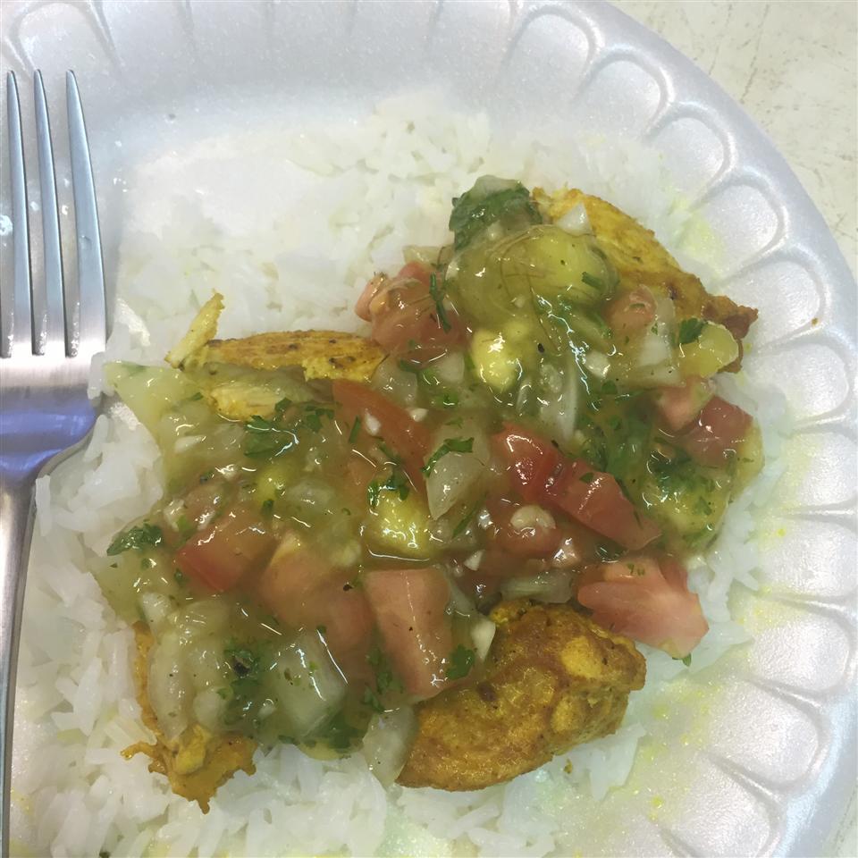 Coriander Chicken with Mango Salsa isi