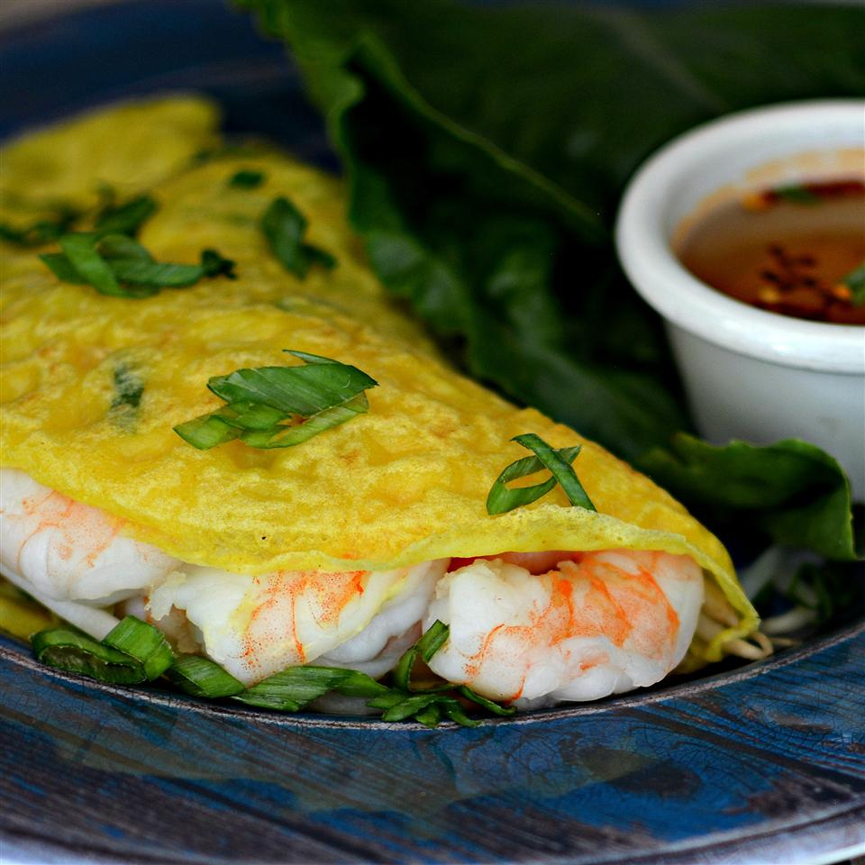Banh Xeo (Vietnamese Crepes)