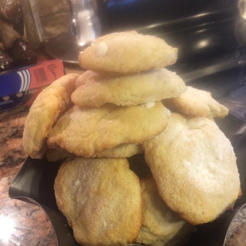 Muz's Drop Sugar Cookies Emily