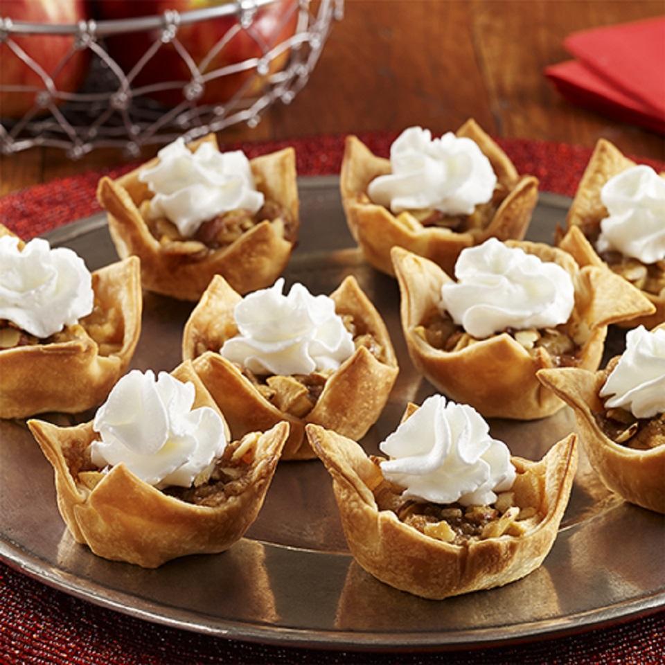 Mini Apple Pies from Reddi-wip®