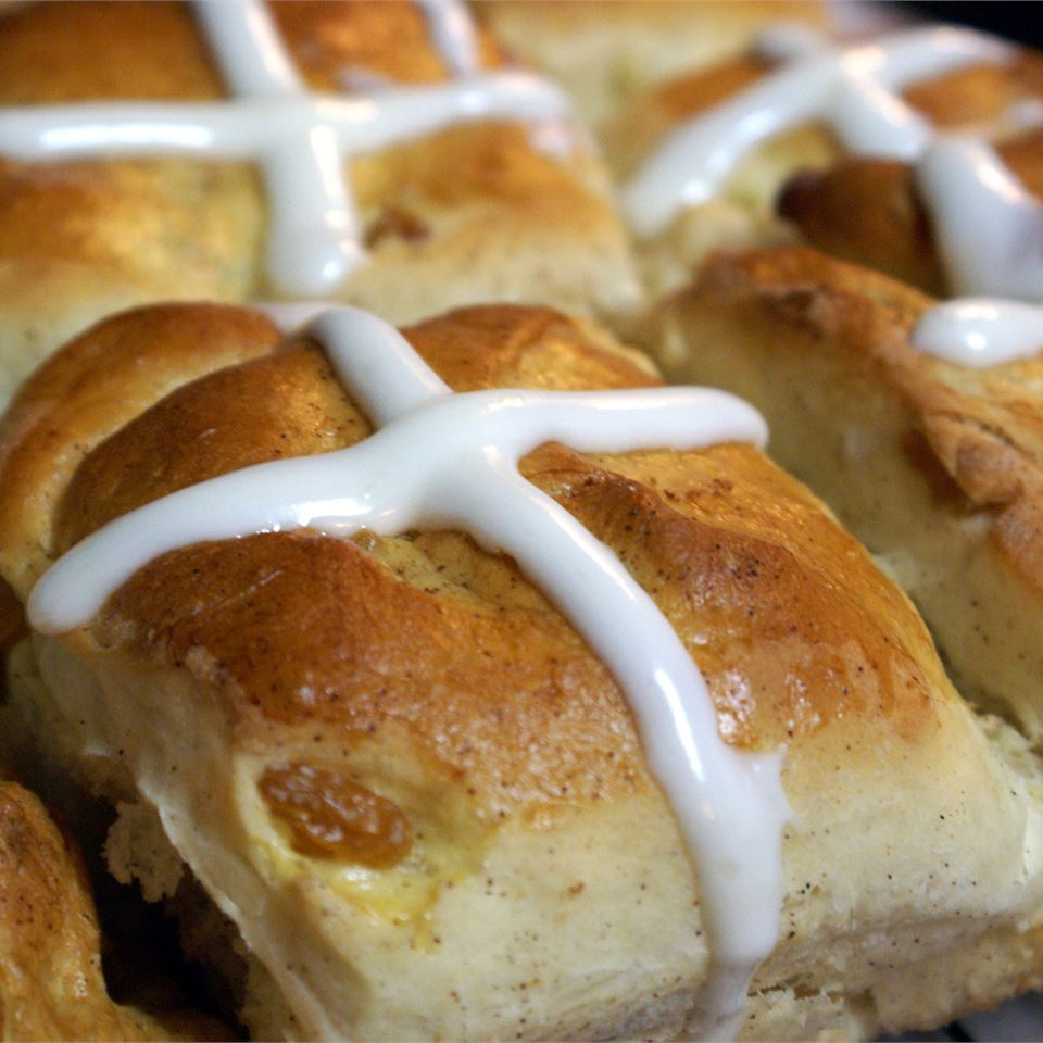 Pull-Apart Hot Cross Buns