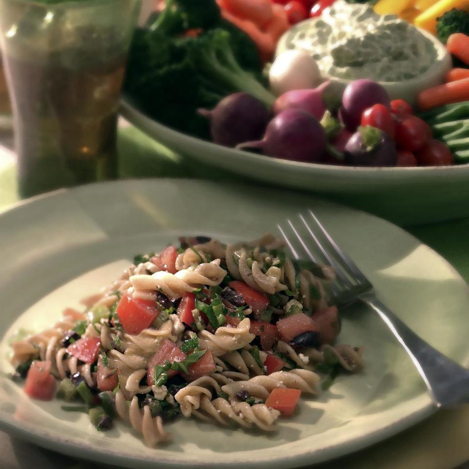 Fusilli with Garden-Fresh Tomato  Sauce Ken Haedrich