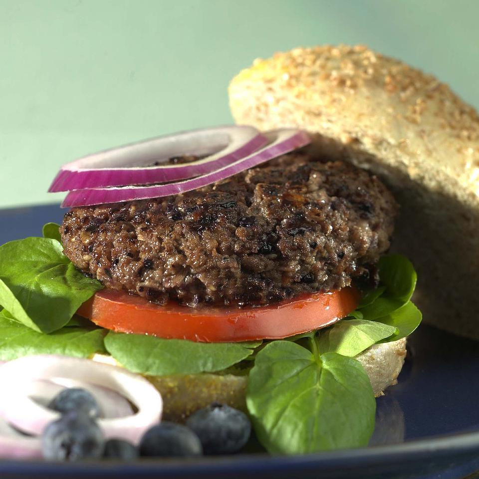Blueberry-Beef Burgers Patsy Jamieson