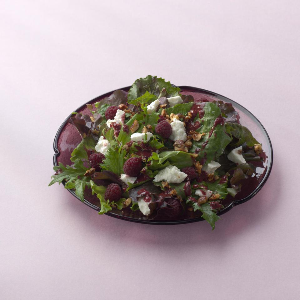 Mixed Greens with Berries & Honey-Glazed Hazelnuts Patsy Jamieson