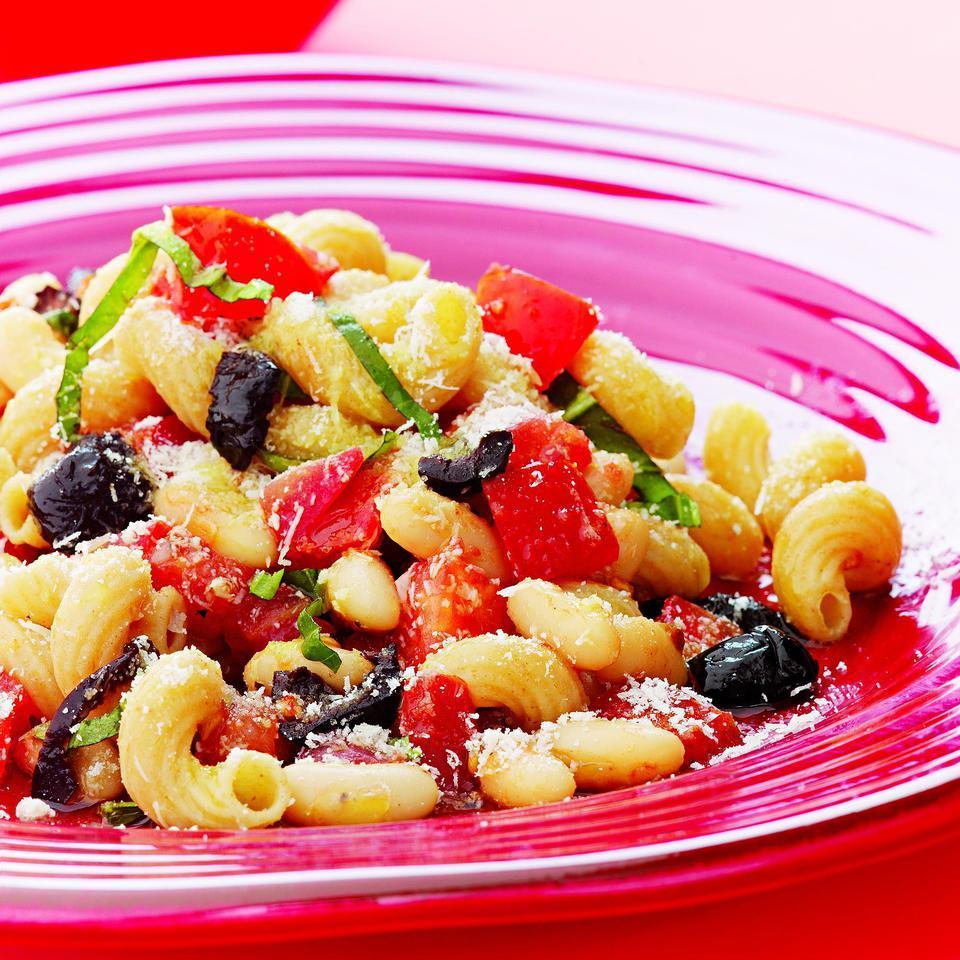 Fresh Pomodoro Pasta, White Beans & Olives Marie Simmons