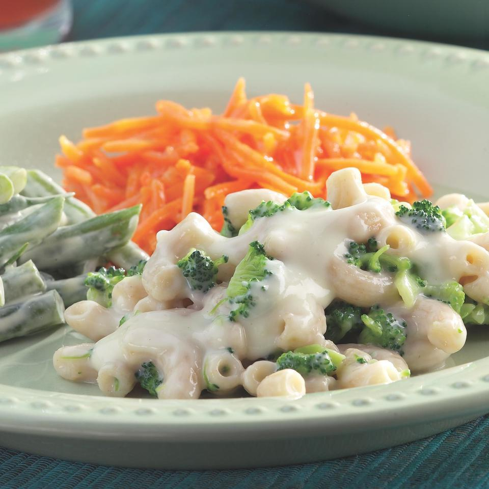 Creamy Green Beans EatingWell Test Kitchen