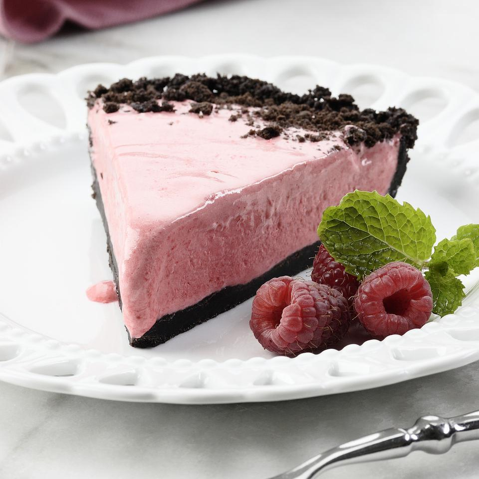 This creamy, luscious pie is made by combining a fluffy cooked meringue with a raspberry puree, then pouring the mixture into a chocolate-cookie crust. Source: EatingWell Magazine, August/September 2006