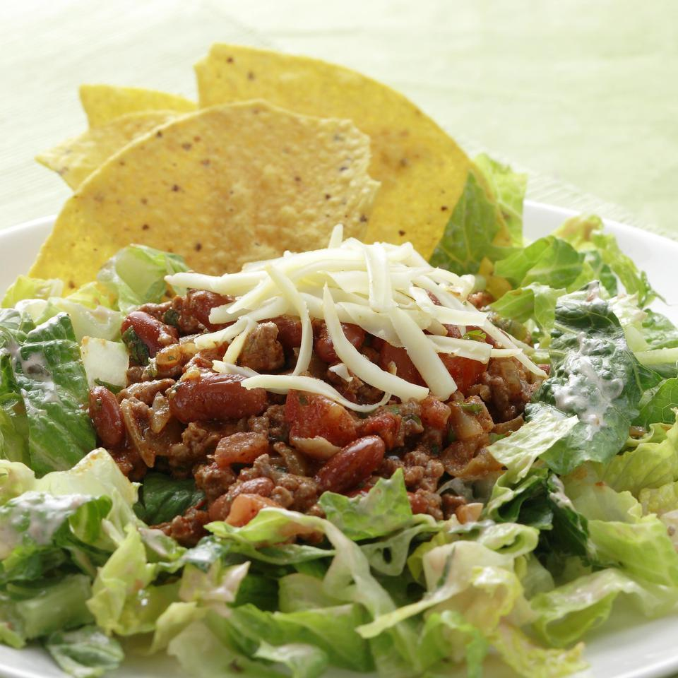 This version of the chain-restaurant favorite has fresh flavors and a healthy nutritional profile. Vary the heat by varying the type of salsa you use. Baked corn tortilla chips and lime wedges are natural accompaniments.