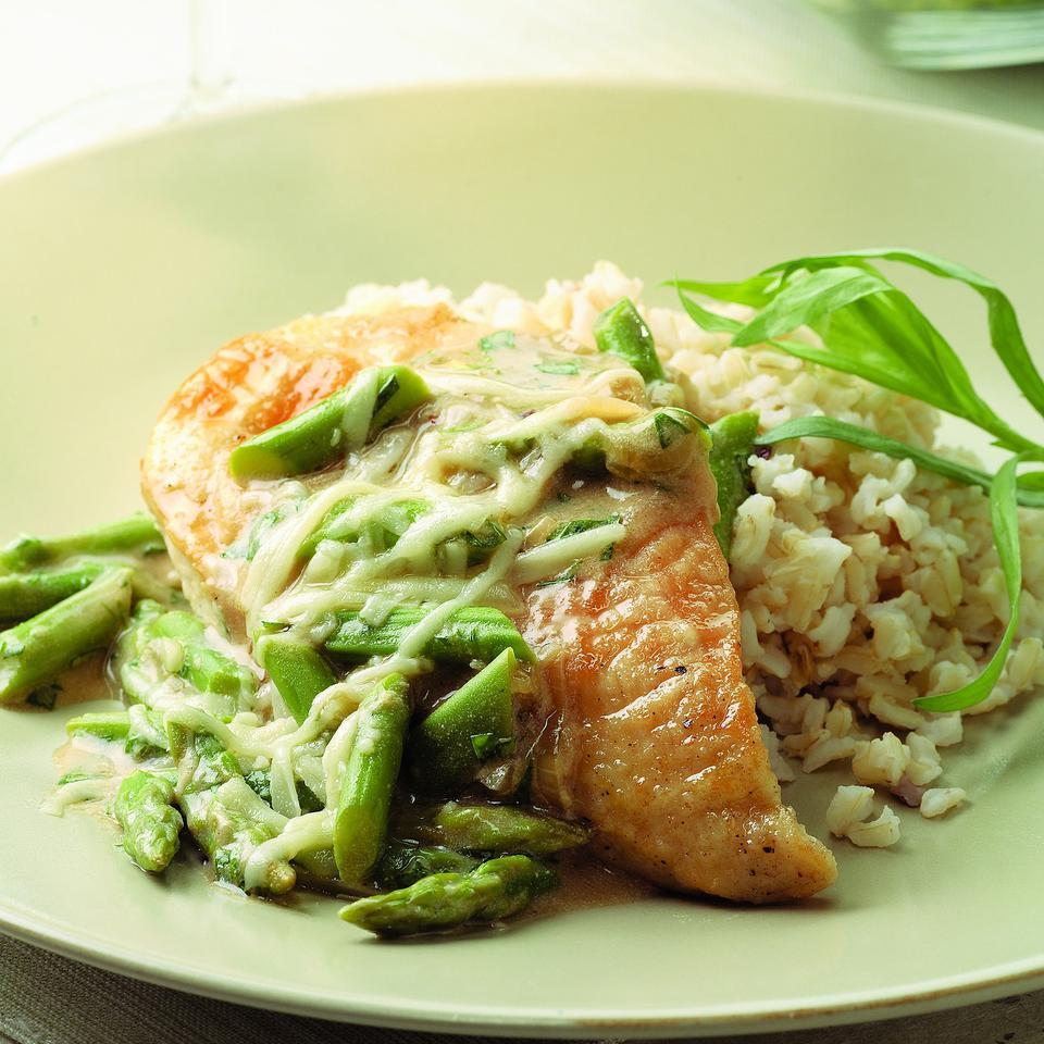 Chicken & Asparagus with Melted Gruyere EatingWell Test Kitchen
