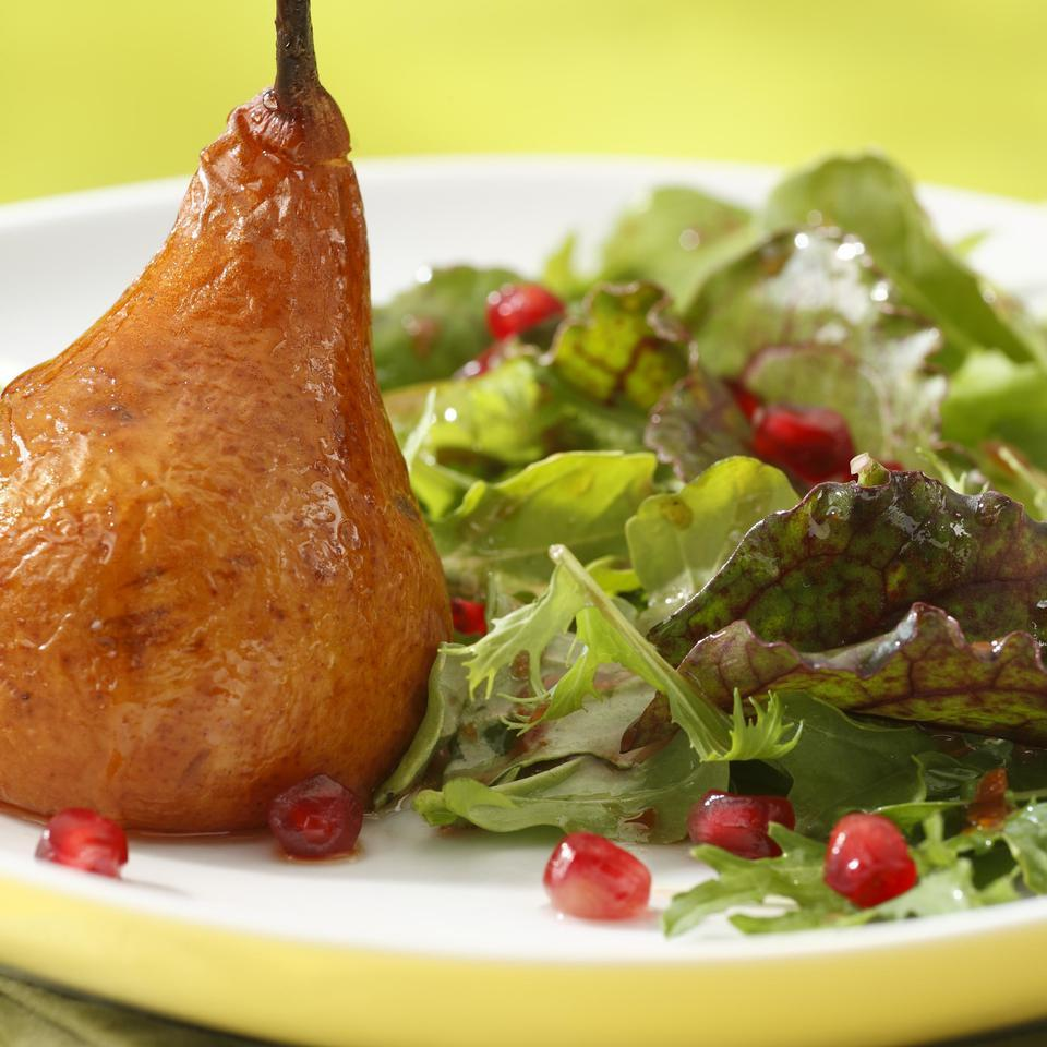 Roasted Pear & Arugula Salad with Pomegranate-Chipotle Vinaigrette Jesús González