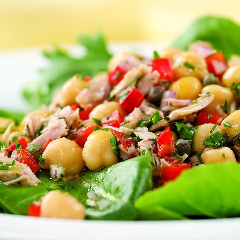 Packed with protein and fiber, this tuna and bean salad is ready in a flash. For an extra kick, add a pinch of crushed red pepper or cayenne.