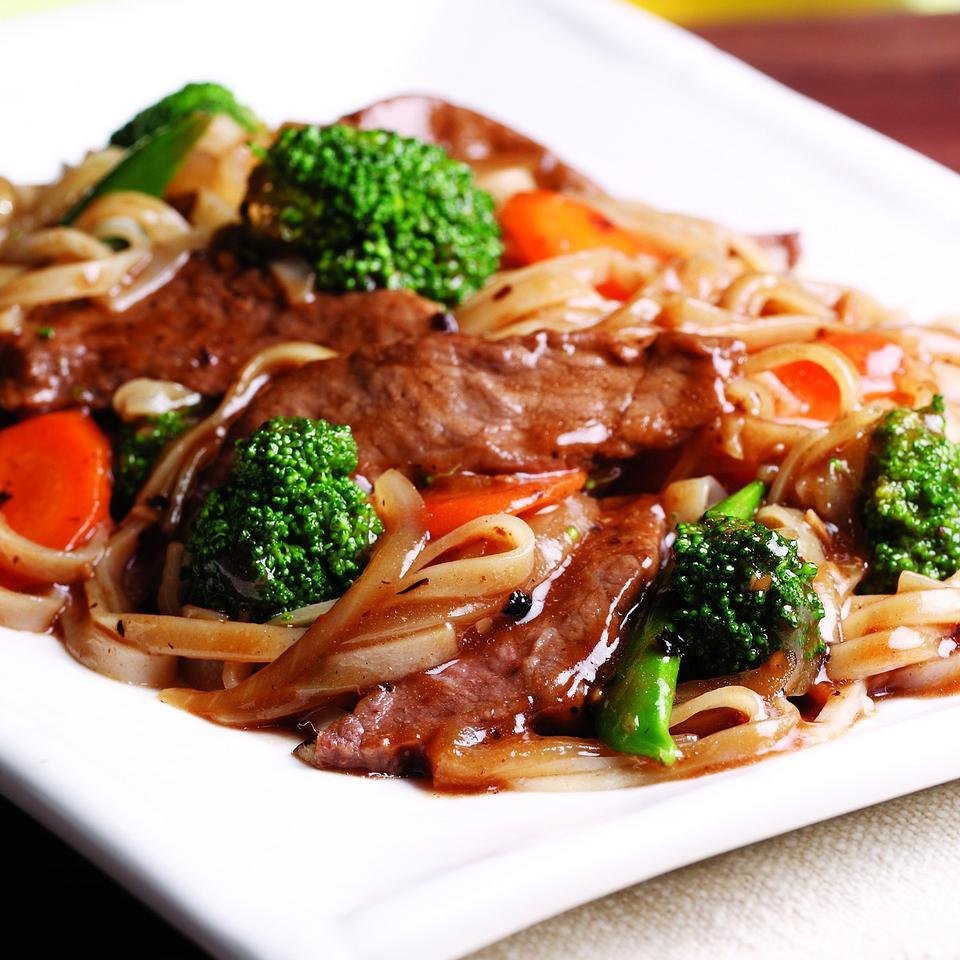 Beef Chow Fun EatingWell Test Kitchen