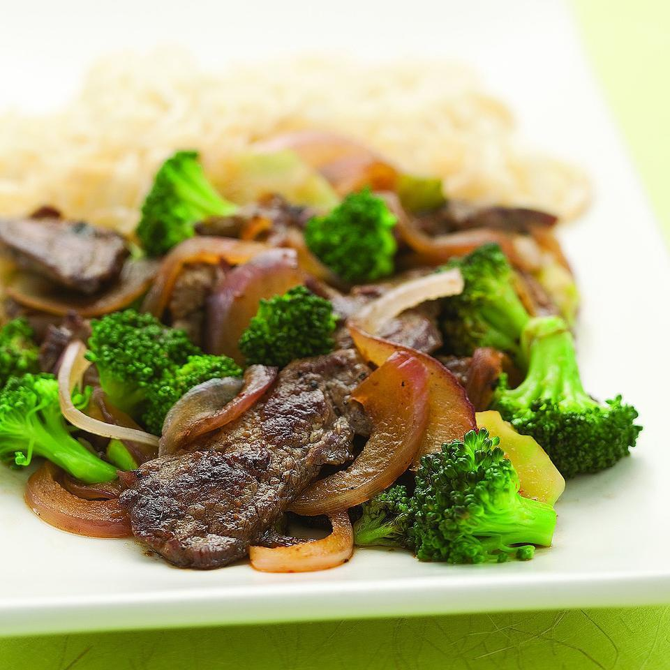 Stir-Fried Chile Beef & Broccoli Grace Young