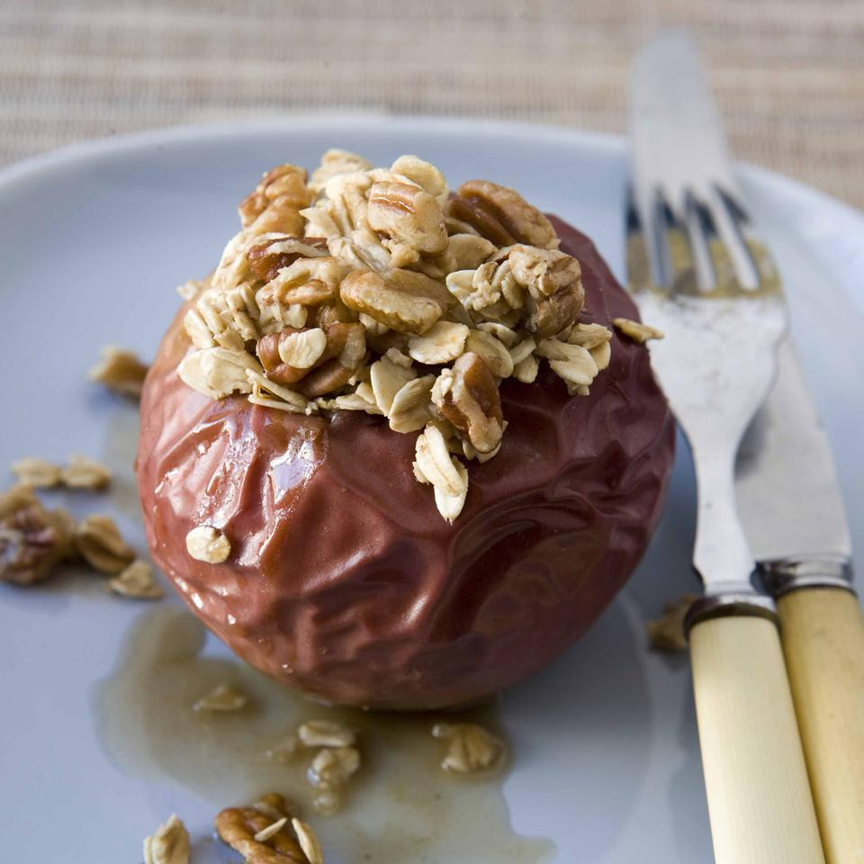 Ginger Baked Apples with Oats & Pecans EatingWell Test Kitchen