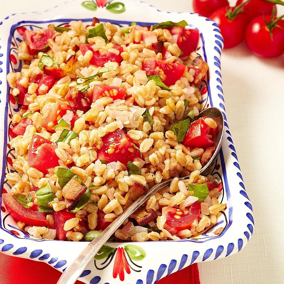 Bacon, Tomato & Farro Salad EatingWell Test Kitchen