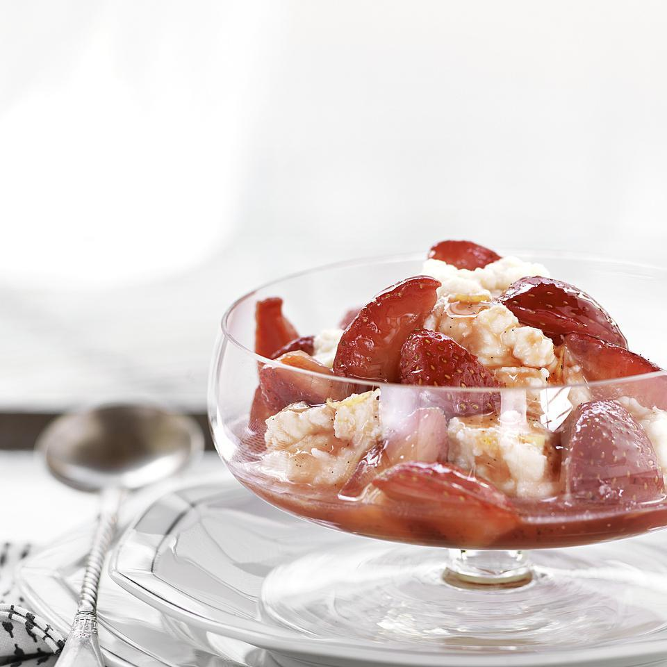 Vanilla Strawberries with Lemon Ricotta EatingWell Test Kitchen