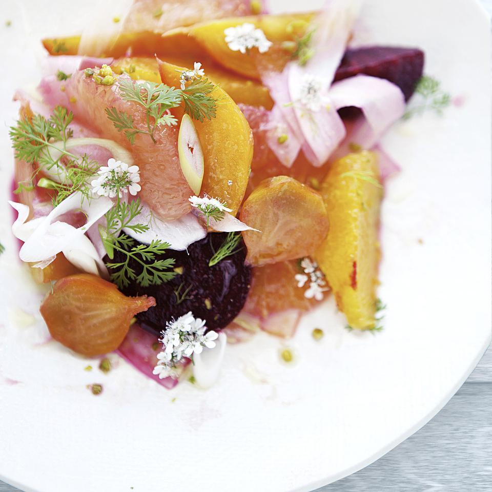 Fennel, Citrus & Roasted Beet Salad Aran Goyoaga