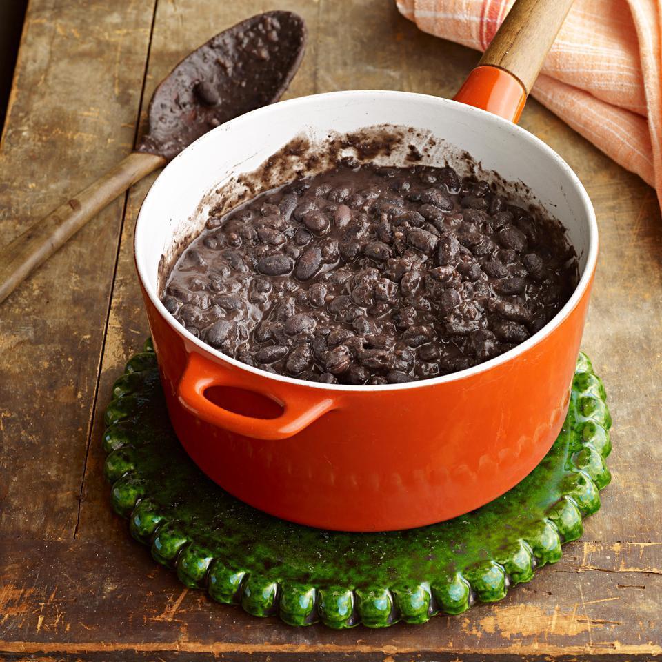 Mexican Black Beans (Frijoles Negros con Hoja de Aguacate) Roberto Santibañez