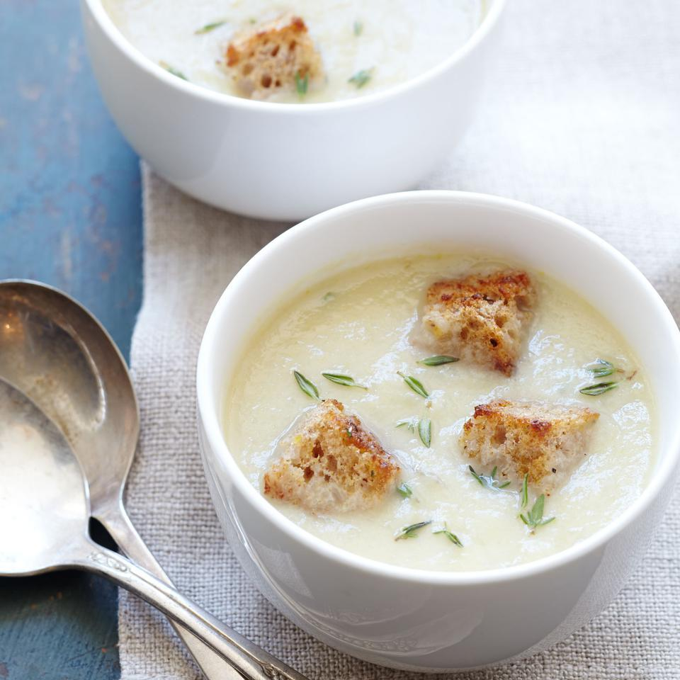 With just the tiniest touch of half-and-half, this healthy potato soup recipe is incredibly creamy and rich-tasting—in large part due to the addition of Jerusalem artichokes. Serve as a starter before a fall or winter dinner alongside a hearty green salad.