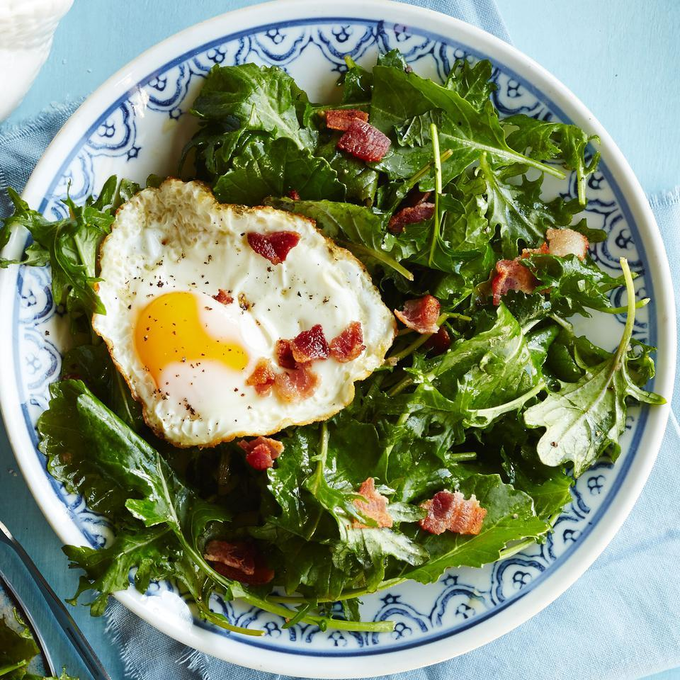 Baby Kale Breakfast Salad with Bacon & Egg EatingWell Test Kitchen