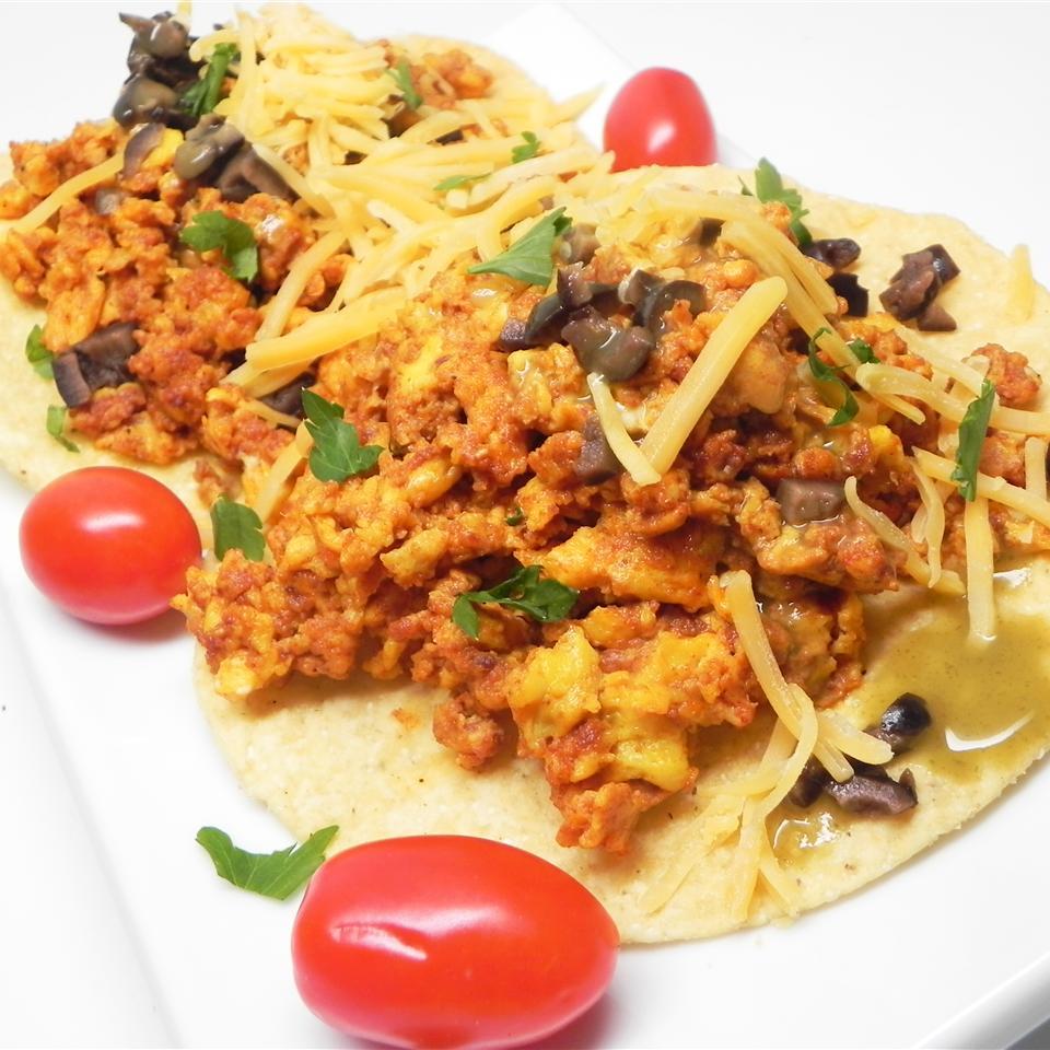 Chorizo con Huevos (Spicy Mexican Sausage with Eggs)