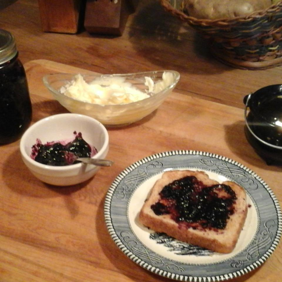 Easy Small-Batch Blueberry Jam Billie Jo