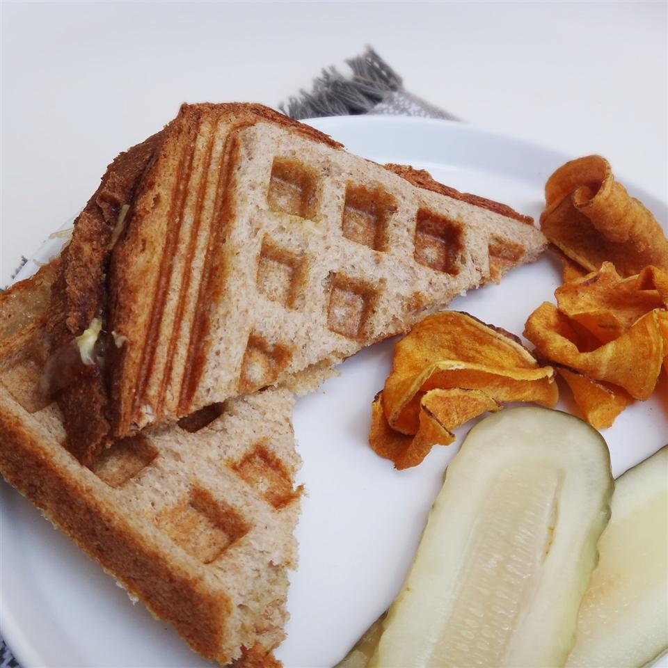 Waffle Iron Grilled Cheese Sandwiches House of Aqua