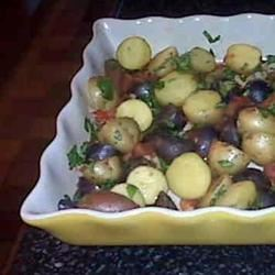 Roasted Potatoes with Tomatoes, Basil, and Garlic FrackFamily5 CA—>CT