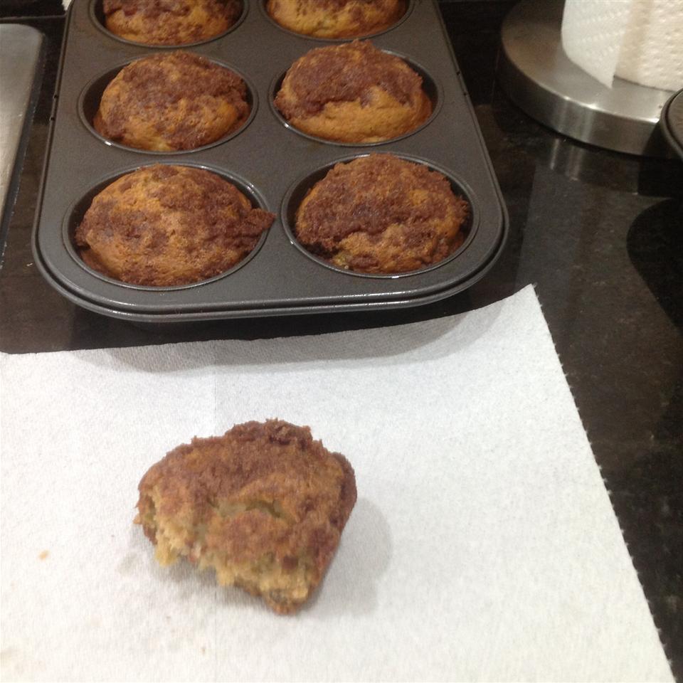 Aunt Norma's Rhubarb Muffins jmeincke66