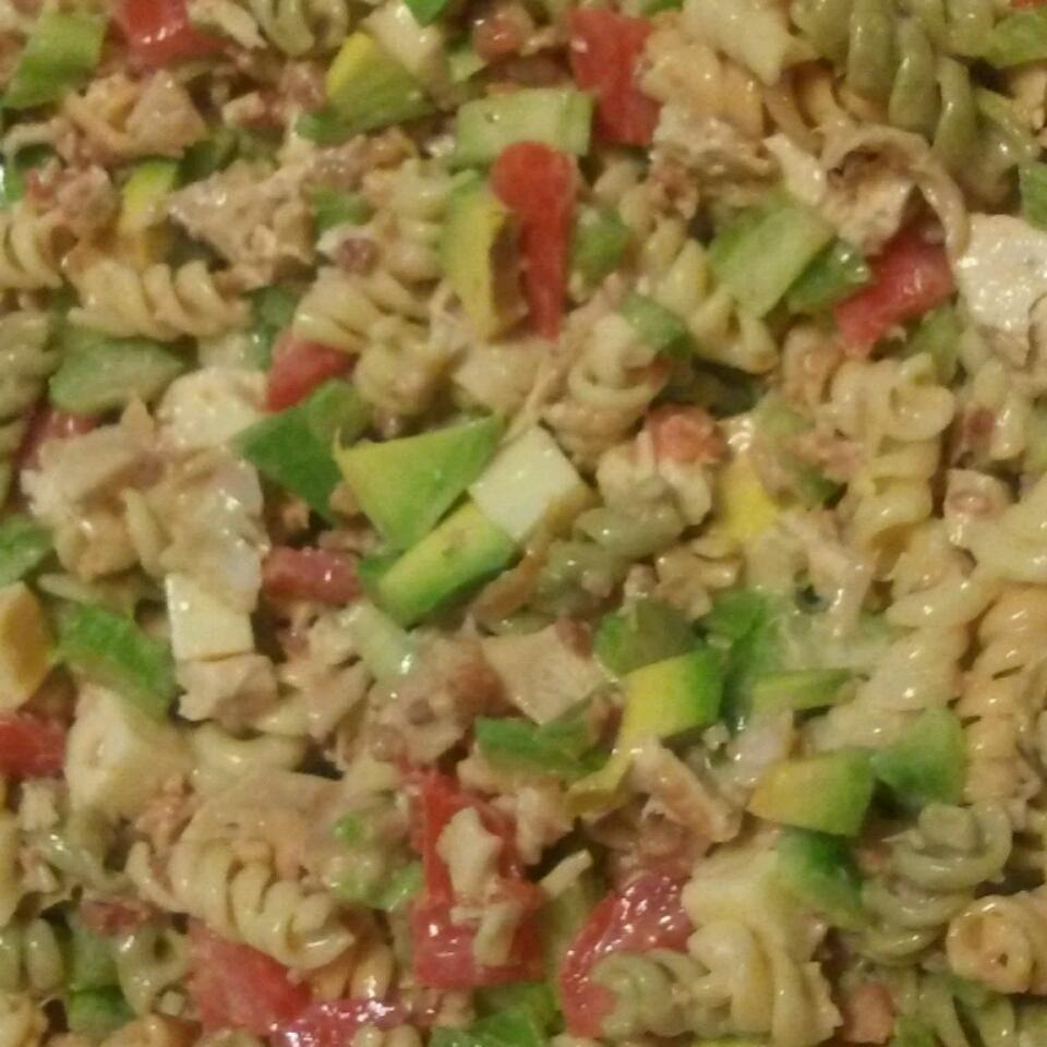 Chicken Club Pasta Salad JPONCIN
