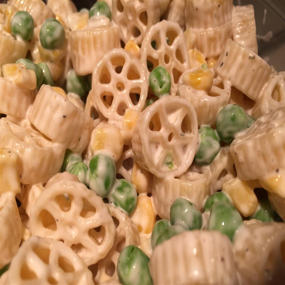Pasta Salad with Peas and Corn