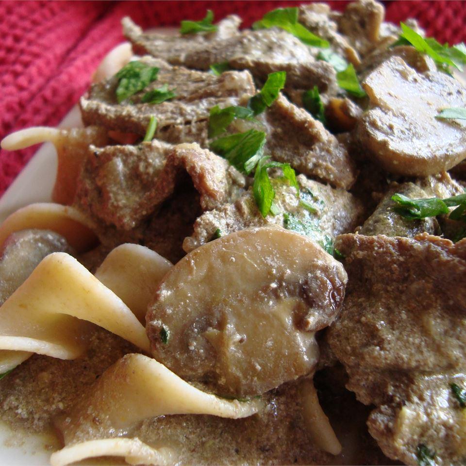 Beef and Mushroom Stroganoff, Aussie Style ROSEMARYINGREY