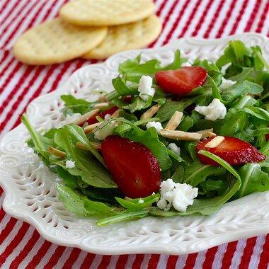 arugula and strawberry salad with feta cheese recipe