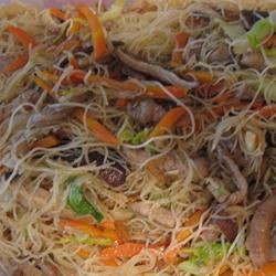 Tsao Mi Fun (Taiwanese Fried Rice Noodles) twoyorkiesmom