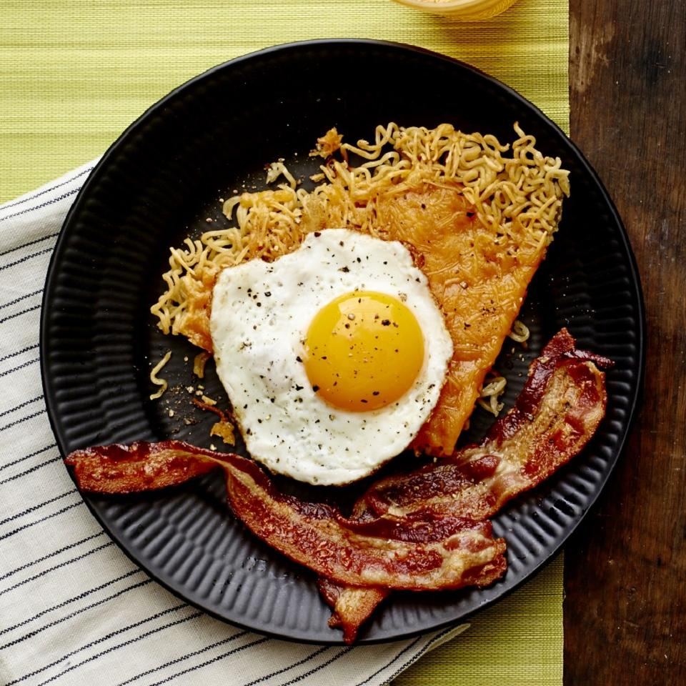 Cheddar Ramen Noodle Wedge with Fried Eggs