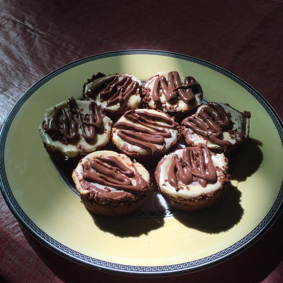 Mini Chocolate Hazelnut Cheesecakes