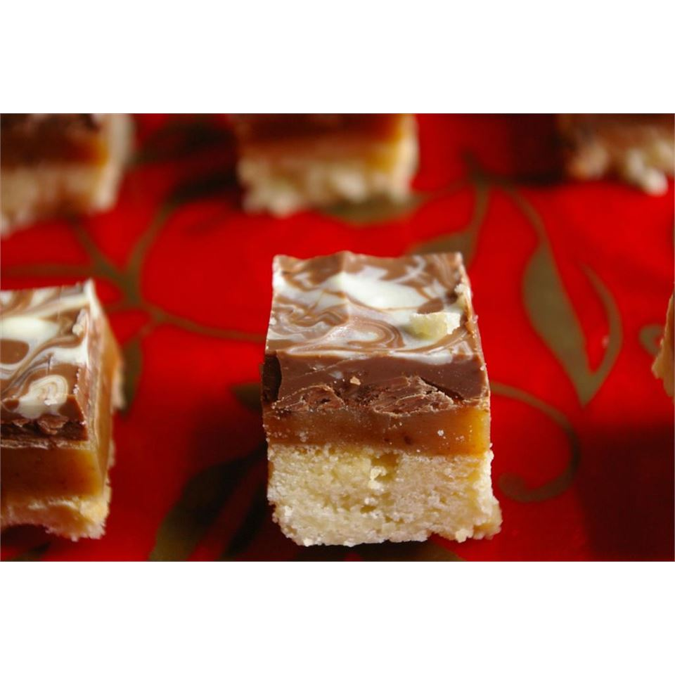 Caramel Shortbread Squares CARODUN
