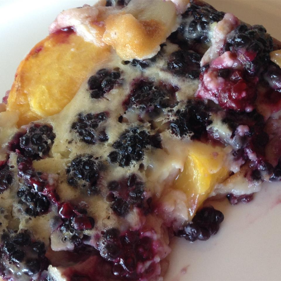 Chef John's Peach Blackberry Flognarde