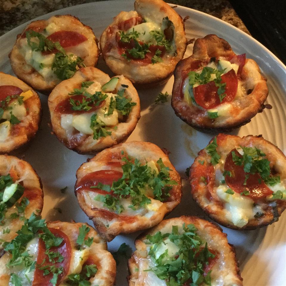 Easy Pepperoni Pizza Muffins seedickrun5