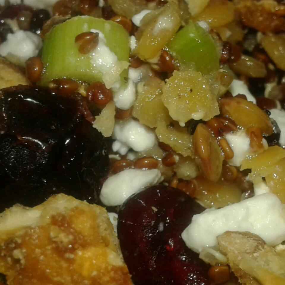 Cranberry Lentil and Quinoa Salad nicky