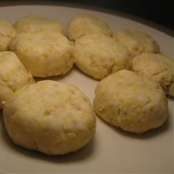 Chinese-Style Peanut Cookie shin