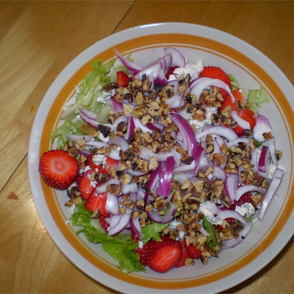 Strawberry Blue Cheese Salad VeggieLovinHippie