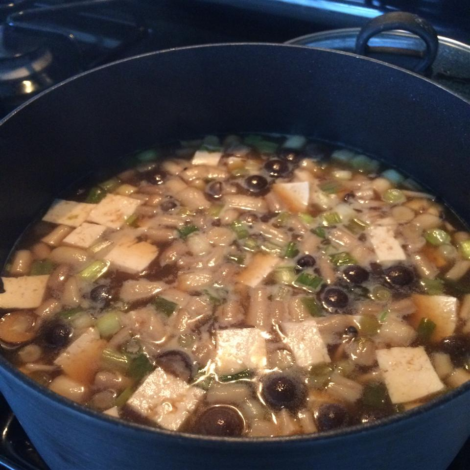 Japanese Soup with Tofu and Mushrooms Amery Castro