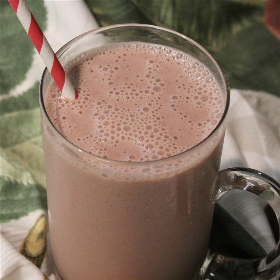 Chocolate, Strawberry, and Banana Smoothie Paula
