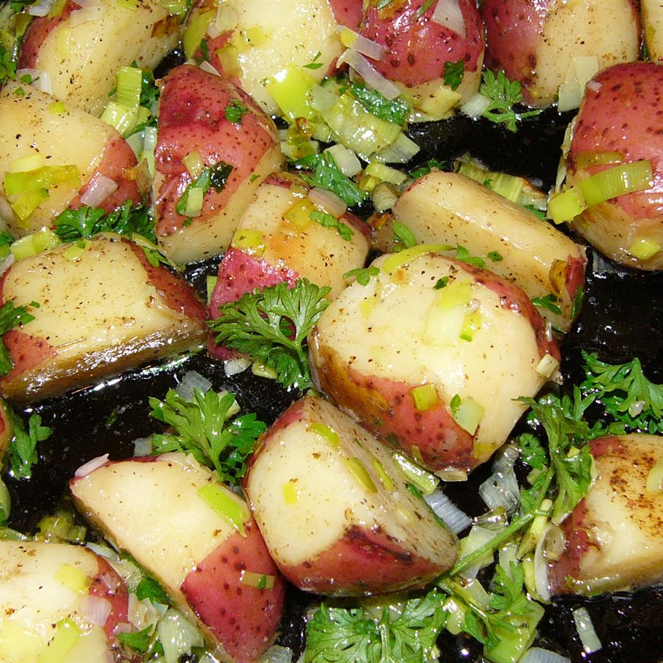 Buttery New Potatoes with Leeks and Parsley aputler